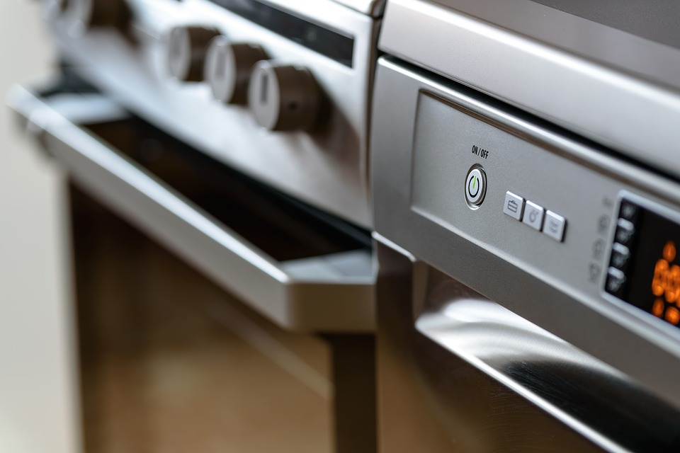 Energy efficient appliances, one of 2019's top real estate trends.