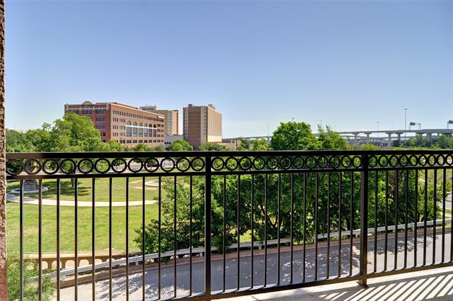 Balcony with a Fort Worth view